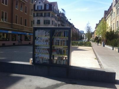 Der Bücherschrank am Voltaplatz