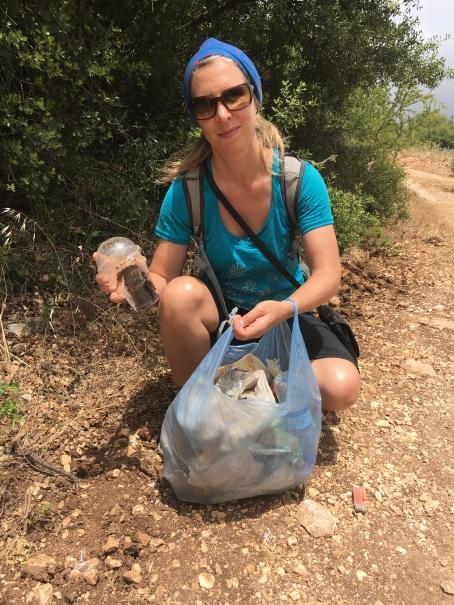 Am Müll sammeln