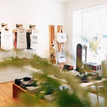 Nachhaltiger Yoga-Laden Ahimsa