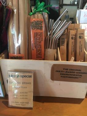 Bamboo und Edelstahl-Trinkhalme
